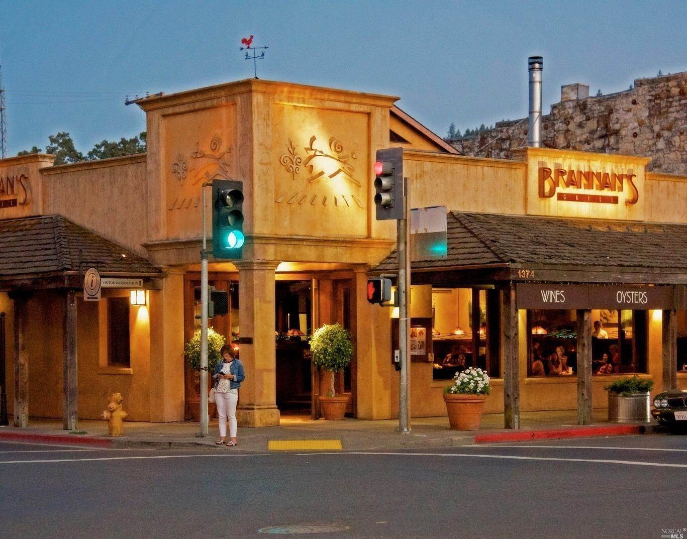 Commercial for Sale at 1374 Lincoln Avenue Calistoga, California 94515 United States